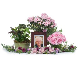 Lovely Lady Tribute from Scott's House of Flowers in Lawton, OK
