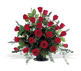 <b>Blooming Red Rose Basket</b>